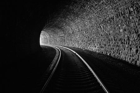 Туннель 4